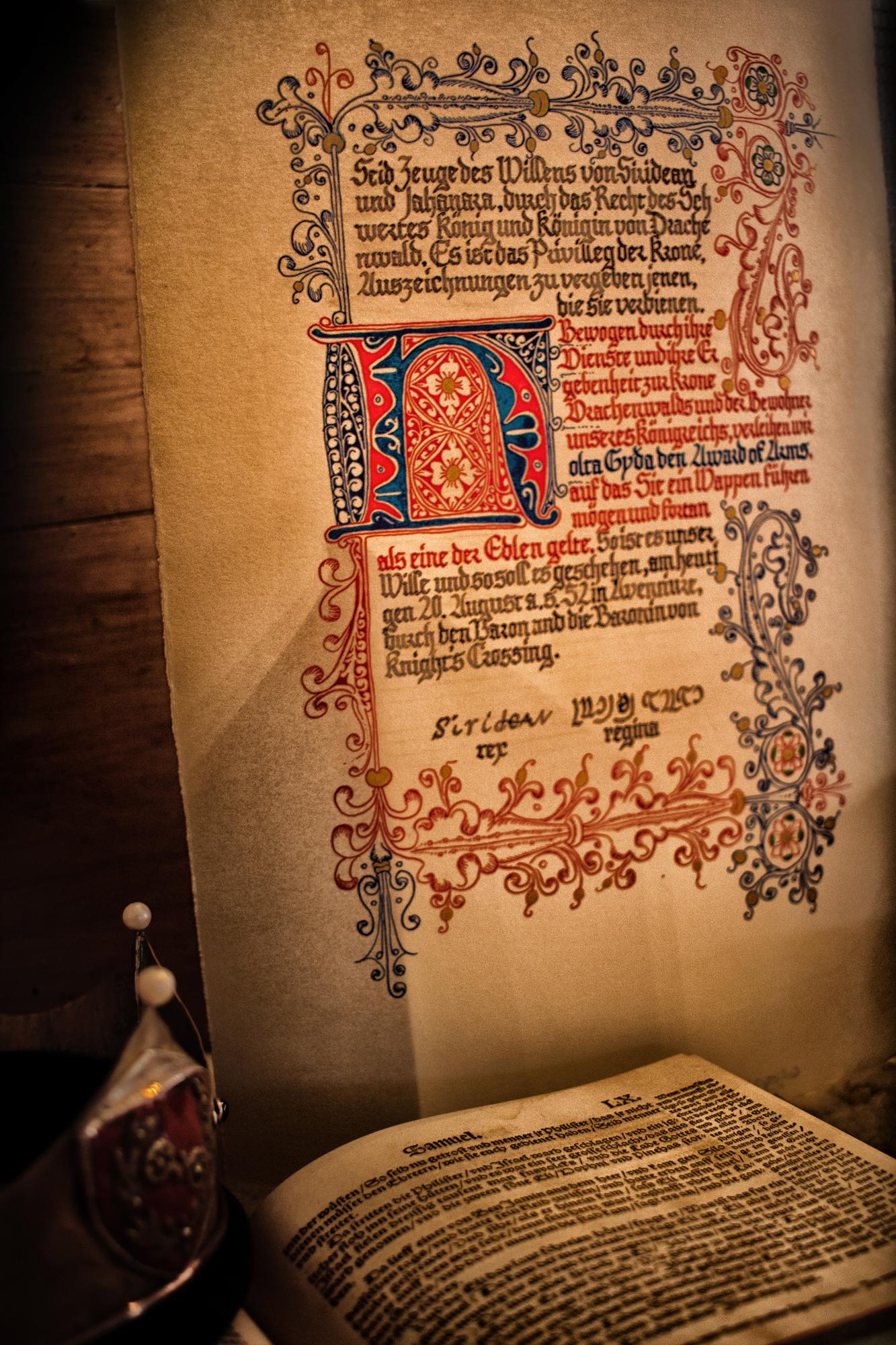 Urkunde für einen Award of Arms, von Mistress Ailitha de Aynwik